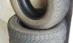 I'm selling tyres for a Ford ranger 265/65 R17. Tues