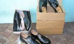 Shoe�s (NEW) Black Leather Made in South Africa Size: