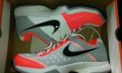 Nike tennis shoes size 9. Brand new unwanted gift. In
