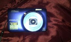 I have a nikon coolpix camera with bag and memory card