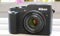 Selling a MINT condition Nikon P7800. Comes with