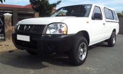 2013 NISSAN NP300 HARDBODY  BALANCE OF 2 YEAR /90000