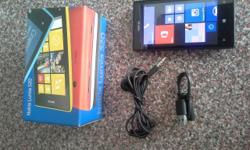 Nokia Lumia 520 with box, charger, data cable,