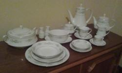 Noritake Melissa - hardly used - excellent condition 8