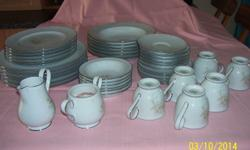 A 43 piece Dinner set and Tea set. Consisting of 6