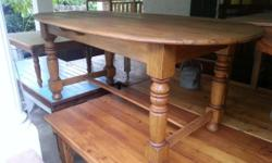 Oak 8 seater table with stretchers not negotiable phone