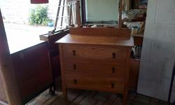 Oak dressing table with one mirror R1300 oak chest of