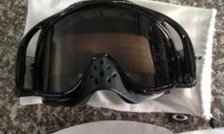 Mx goggles like brand new. Smoked lence. New set of