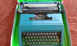 Olivetti Studio 45 Typewriter in a green box. Needs a