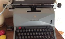 Olivetti 82 vintage typewriter for sale, great display