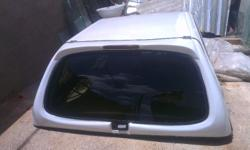 NICE CLEAN CANOPY FOR SELL R5500 NEG. 0842221555