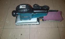 MAKITA 1/2 SHEET ORBITAL SANDER.R1700. OR METABO 1/2