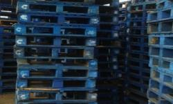 Pallets for sale Blue pallets @ R50 each Red pallets @