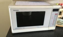 Panasonic Dimension 4 Genius Microwave Microwave Baked Potato