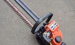 Homelite HT-21 Hedge Trimmer. Petrol and 2 Stroke Mix.
