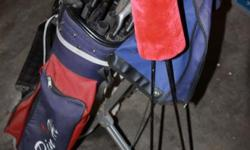 Beskrywing Golf clubs and cart for sale. Ideal fora