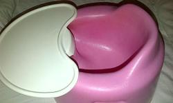 Bumbo Seat with removable Tray. Can be used on table