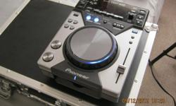 Pioneer CDJ 400 for sale This sale is for 1 deck only