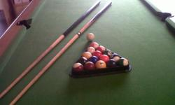 Beskrywing 1 POOL TABLE IN VERY GOOD CONDITION. URGENT