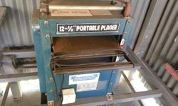 "Planer (12-1/2"") with out table Almost new  R 2700 neg"