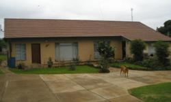 Private sale  House in Utrecht KZN, (Game park) ?