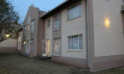 Property to rent Centurion, Die Hoewes Stylish Ground