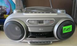 LG CD/Tape/FM-AM Radio Good condition Cash Only