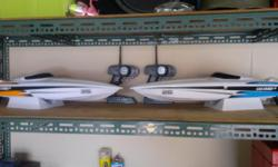 Beskrywing I have 3 x electrick RC boats for sale with
