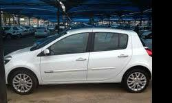 Fabrikaat: Renault Model: Clio Mylafstand: 28,000 Kms