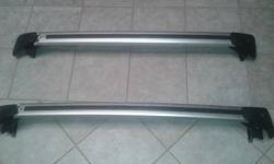 Original Volvo S40 roof rack. As good as new. R1000 for