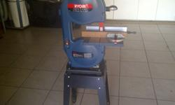 Ryobi 230mm Band saw in excellent condition. Barely