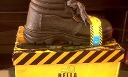 Safety Boots now on special at - R119.00 Safety Boots