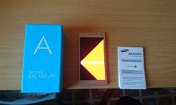 Samsung Galaxy A5 Limited GOLD very classy in box with