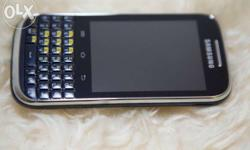 Neat Samsung b5530 touch and keypad phone for