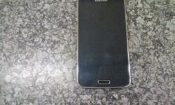 3 weeks old s5 galaxy Still under guarantee In box with