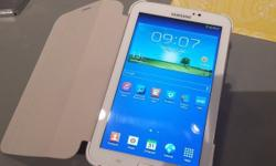 Selling my SAMSUNG GALAXY TABLET, 7inch 3G AND WIFI -