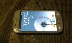 Excellent condition original good as new phone and