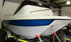 Beskrywing 2X60 HP YAMAHA , ± 30 HOURS, 2008 MODEL LIKE