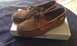 Hi I have a new Sebago dockside for sale Dark brown and