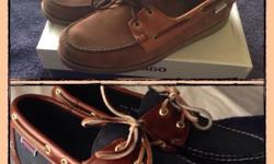 Hi I have 2 x new Sebago docksides 1. Dark brown and