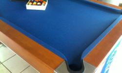 Slate top pool table, in Excellent condition! It has