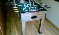 Beskrywing Soccer table to sell. Reasonable condition.