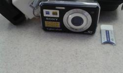 Sony Cyber Shot Digital Camera w/ Acc, IN POUCH , WITH