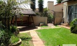 Spacious Simplex with private garden! This lovely