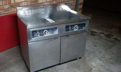 Large dual 25l Stainless Steel Fryer for sale. Includes