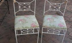 Beskrywing Lovely white steel upholstered chairs.Two
