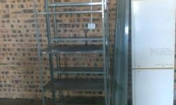 Steel Bolt Together Shelves 2m hig 5 shelves pen set.