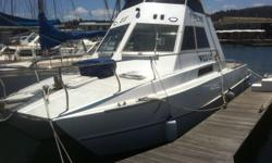 T-Craft Technical Data: Model: 1995 Length: 10.12m /