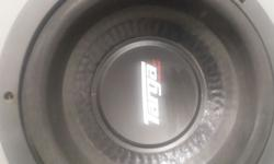 2 x 10inch subs never used and 2000w targa amplifier.