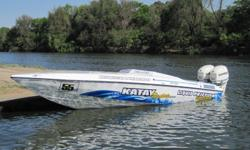 Off Shore POWER BOAT 28ft TELSTAR with 2x 250hp